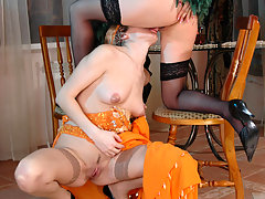 Heated babe showing belly dance before going for lesbian kiss-n-lick action