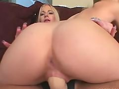 Insatiable lesbos fuck all day long