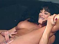 Playful lezzies love oral pleasures